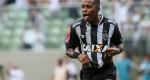 Atlético goleia Tombense com três gols de Robinho