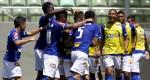 Cruzeiro vence Atlético em clássico polêmico e abre vantagem na liderança